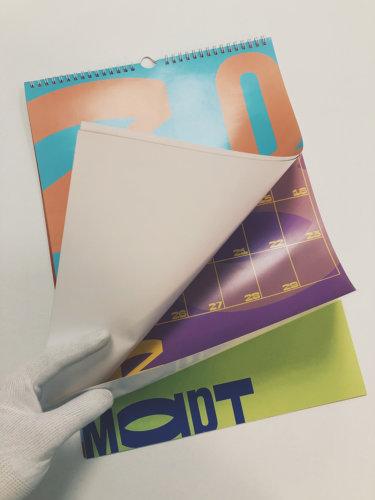 Настенный перекидной календарь формата А3. Обложка - меловка плотностью 300 г/м2. Блок - меловка плотностью 170 г/м2