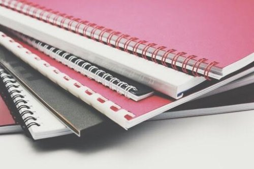Брошюровка цветных документов формата А4 на металлическую пружину