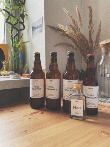 Наклейки на пивные бутылки. Матовая бумага 170 г/м2, контурная резка